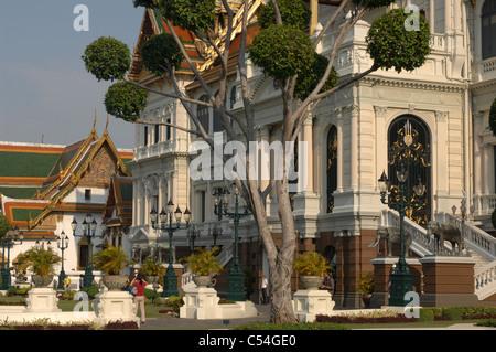 Phra Thinang Chakri Maha Prasat Throne Hall, Grand Palace ...