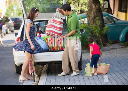 Family going on vacations - Stock Photo
