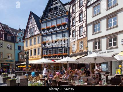 Strassencafe auf dem Marktplatz, historischer Stadtkern, Cochem, Mittelmosel, Street coffee shop at the market place, - Stock Photo