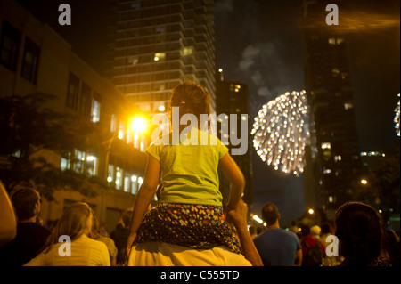 35th annual Macy's Fourth of July fireworks display above the Hudson River - Stock Photo