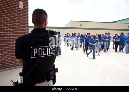 Standard uniforms are unproven deterrents to student violence