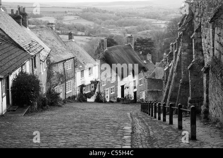 Cottages on a Hill, Golden Hill, Shaftesbury, Dorset, England - Stock Photo