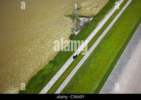 The Netherlands, Petten, Sea dike called Hondsbossche Zeewering. - Stock Photo