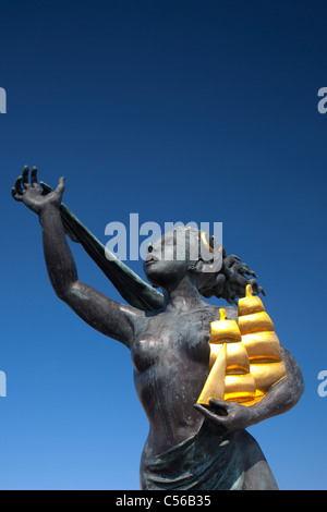 The Spirit of South Shields statue, by Irene Brown, South Shields, Tyne and Wear - Stock Photo