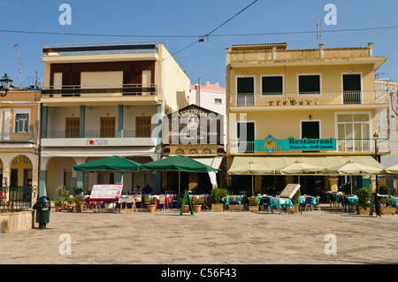 Restaurants in the square in Zakynthos Town - Stock Photo