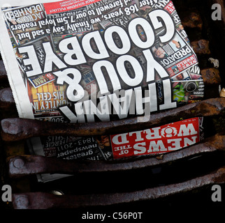 10th July 2011 Final edition of the British Sunday newspaper The News of the World which has been closed down going - Stock Photo