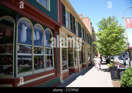 rows of shops in the historic queen street district of niagara-on-the-lake ontario canada - Stock Photo