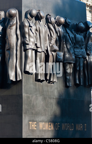 London, Westminster, Whitehall, memorial to The Women of World War II - Stock Photo