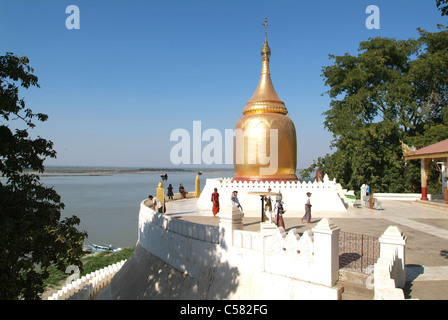 Asia, Burma, Myanmar, Bagan, pagoda, Bu Paya, river, flow, Ayeyarwaddy - Stock Photo