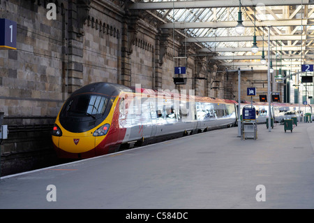 Virgin Rail Train At The Platform In Glasgow Central Station - Stock Photo