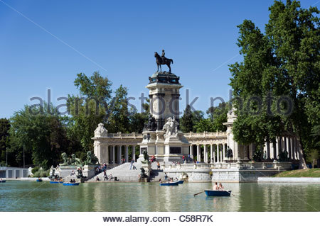 El Buen Retiro park, Madrid Stock Photo, Royalty Free Image: 74110871 - Alamy