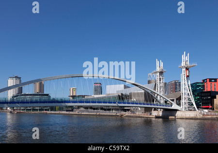Lowry Centre Bridge, Salford Quays, Salford, Manchester, England - Stock Photo
