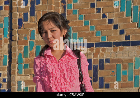 uzbekistan girls dating