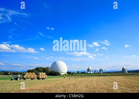 Erdfunkstelle Raisting for satellite communication in raisting bavaria germany europe - Stock Photo