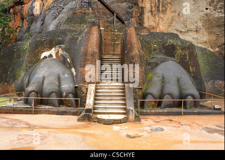 entrance through lions paws to the ancient rock fortress of Sigiriya, Sri Lanka, Asia - Stock Photo