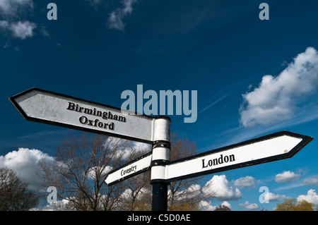A canalside signpost at Braunston Junction where the Grand Union and Oxford canals meet, Braunston, Northamptonshire, - Stock Photo