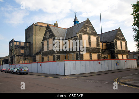 Boarded up Mechanics Institute. The Railway Village built by GWR to house workers in the 1840s, Swindon, England - Stock Photo