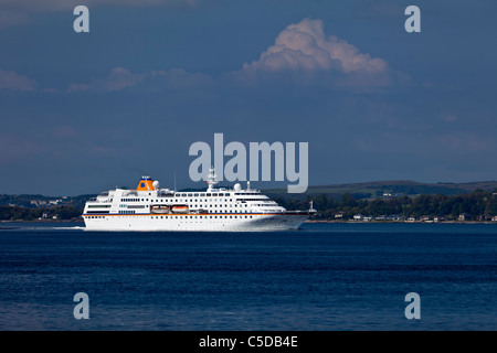 Cruise Ship c. Columbus making her way north on the River Clyde on a summers morning - Stock Photo