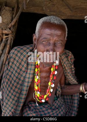 TANZANIA Watatulu tribesmen of Miyuguyu, Shinyanga district. Old woman. photograph by Sean Sprague - Stock Photo