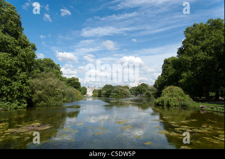 The lake in St James's Park, London, UK - Stock Photo