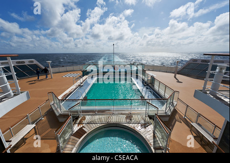 Passengers by swimming pool stern of cunard queen mary 2 - Queen mary swimming pool victoria ...