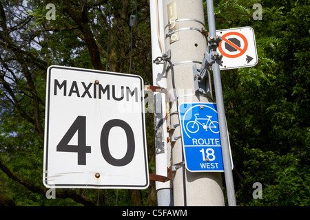 maximum 40 speed limit sign on cycle route toronto ontario canada - Stock Photo