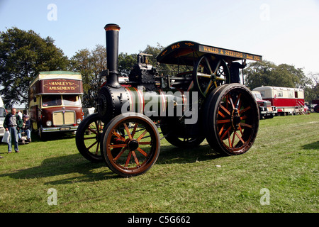 1912 Wallis & Steven agricultural traction engine at YesterYear Rally 2006 at Hampton Malpas Cheshire England - Stock Photo