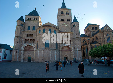 Hohe Domkirche St. Peter zu Trier, mit Liebfrauenkirche, Cathedral of Trier, Saint Peter, dome - Stock Photo