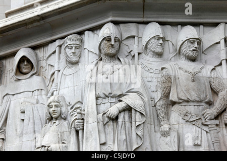 Detail of stone carving over entrance of Privy Council Supreme Court building, Parliament Square, London, England - Stock Photo