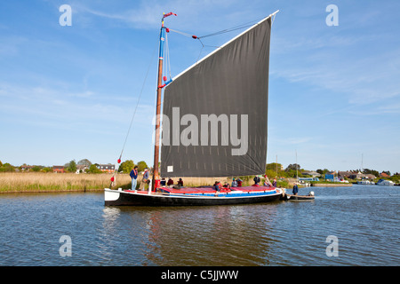The Wherry Albion sailing on the River Thurne, Norfolk Broads - Stock Photo