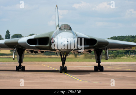 Taxying at RAF Fairford, Cold War Avro Vulcan V-Bomber - Stock Photo