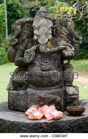 ... A Statue Of Ganesh In A Garden In Colombo Sri Lanka   Stock Photo