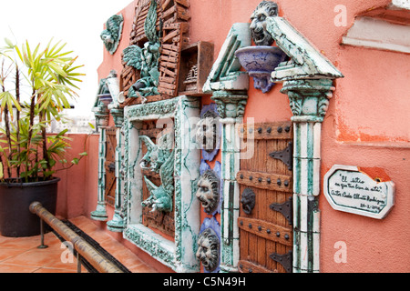 Local bright paintings from Cuba - Stock Photo