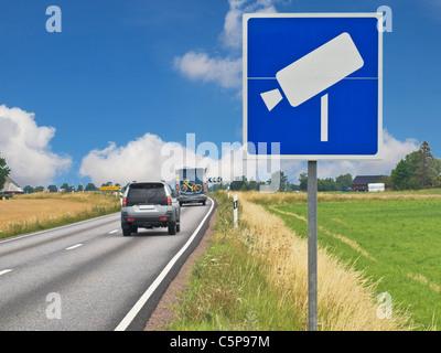 Verkehrszeichen 'Geschwindigkeitsüberwachung', Schweden, Europa   road sign speed monitoring, Sweden, Europe - Stock Photo