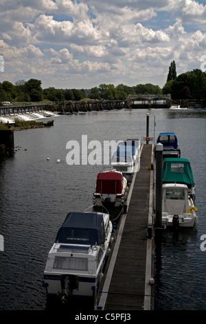 teddington lock river thames teddington middlesex england - Stock Photo
