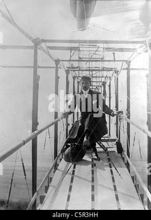Delagrange in his aeroplane, Léon Delagrange, French aviator. - Stock Photo