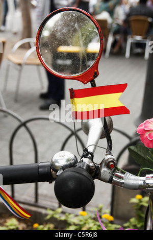 Spanish flag, horn and mirror on bike in Spain - Stock Photo