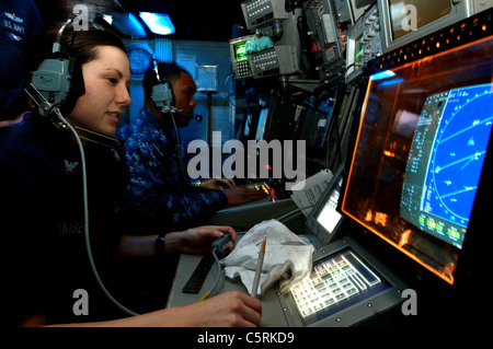 radar operations aboard the the aircraft carrier USS Ronald Reagan - Stock Photo
