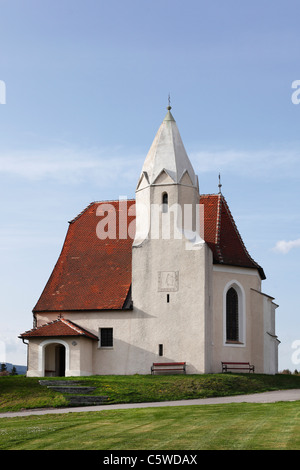 Austria, Lower Austria, Mostviertel, Nibelungengau, Krummnußbaum, Holzern, View of St Nikolaus chapel - Stock Photo