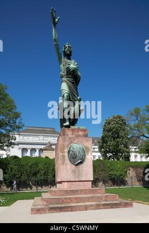 Goerres-Denkmal in den Kaiserin-Augusta-Anlagen von Koblenz, Rhein, Mosel, Rheinland-Pfalz - Stock Photo