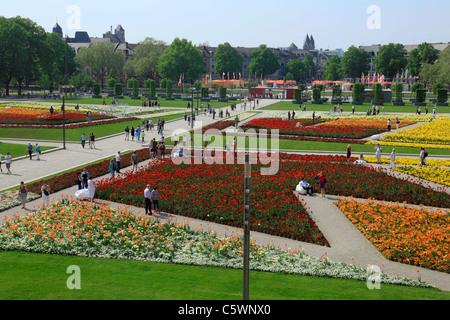 Schlosspark am Kurfuerstlichen Residenzschloss waehrend der Bundesgartenschau 2011 in Koblenz, Rheinland-Pfalz - Stock Photo