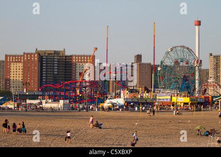 Coney Island Beach Bar The Pier