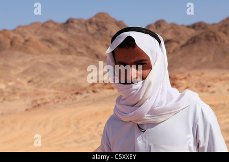 A Bedouin guide in the Sinai Desert, Egypt. - Stock Photo