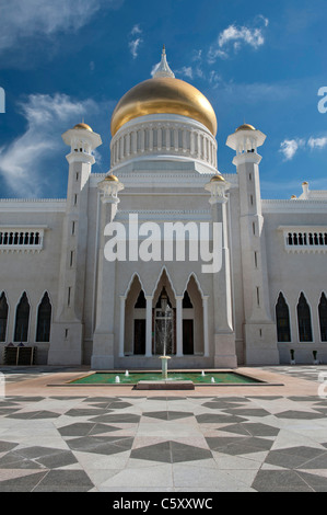 The Sultan Omar Ali Saifuddin Mosque in Bandar Seri Begawan, Brunei - Stock Photo
