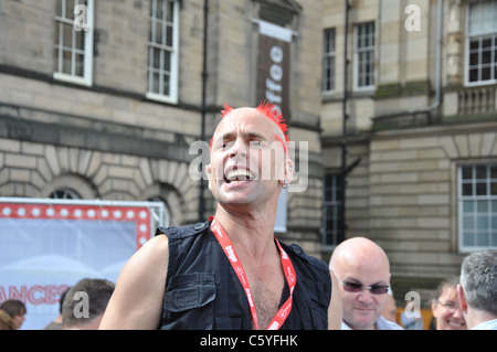 The Mighty Gareth, Street Performer at Edinburgh Fringe 2011 - Stock Photo
