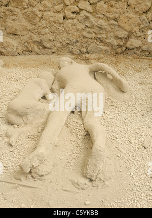 Pompeii victims, plaster casts, Garden of the Fugitives - Stock Photo