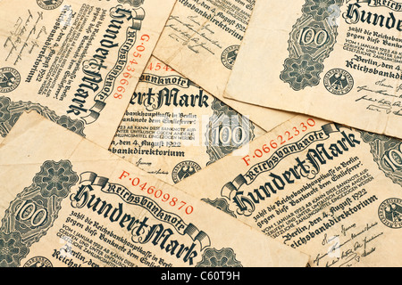 Detail photo of some old German bills of August 4th 1922 about the amount of one hundred reichsmarks - Stock Photo