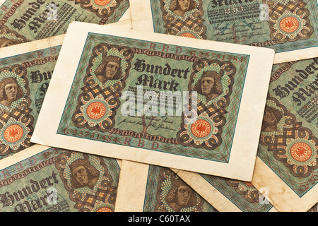 Detail photo of some old German bills of November 1st 1920 about the amount of one hundred reichsmarks - Stock Photo