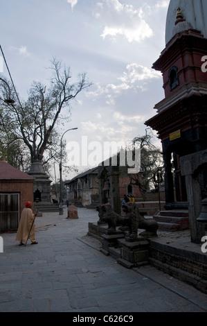 The hindu temple of Pashupatinath in Kathmandu - Stock Photo