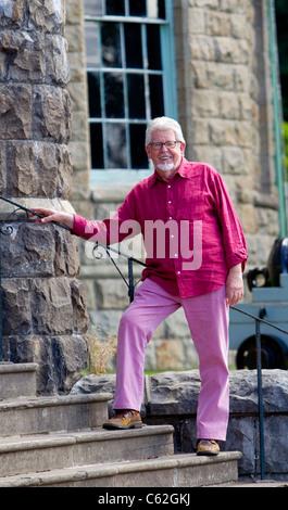 Australian television presenter Rolf Harris visiting Cyfarthfa Castle in  Merthyr Tydfil, Wales. - Stock Photo